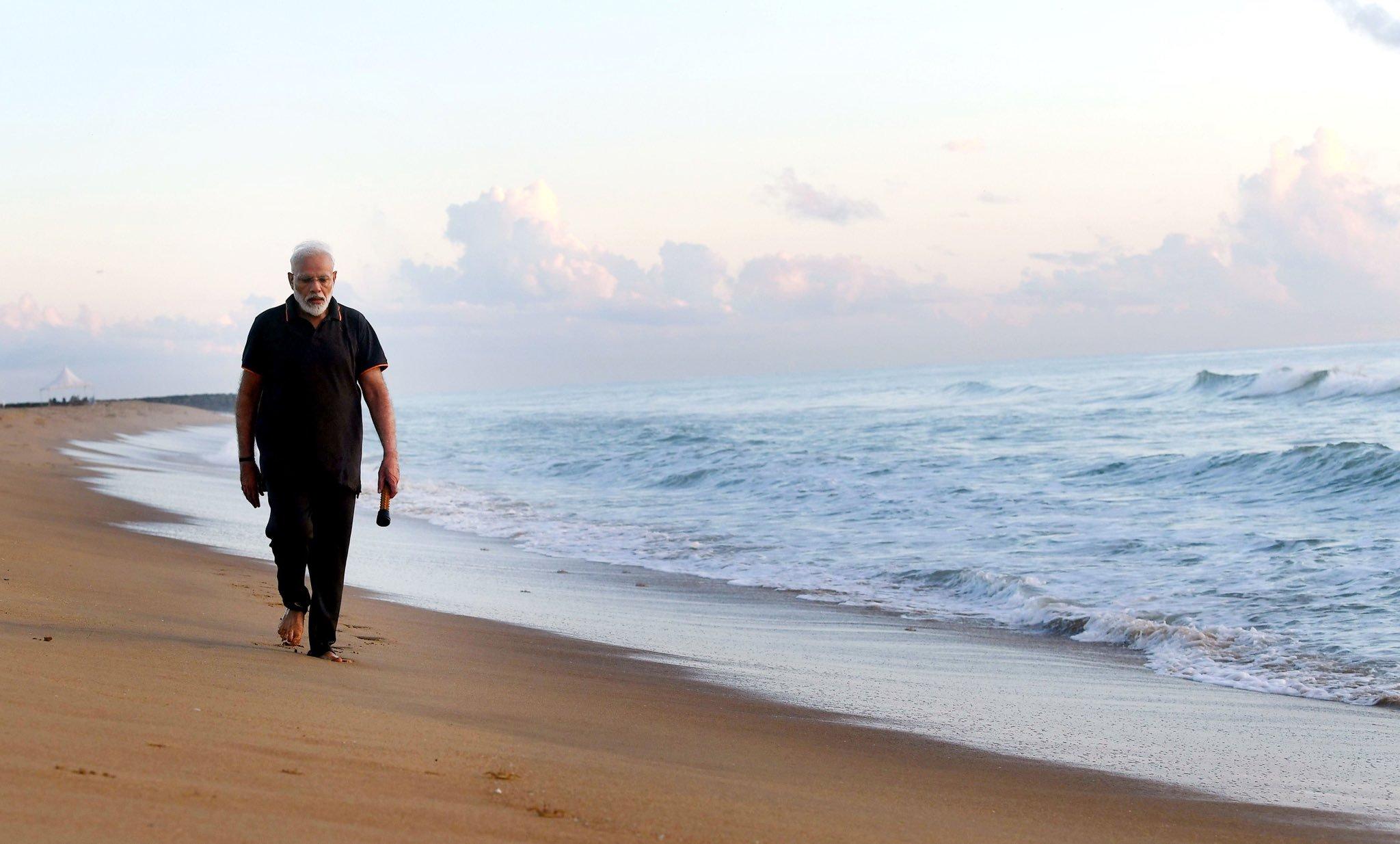 மாமல்லபுரத்தில் மோடி எழுதிய கவிதை- தமிழில் வெளியீடு..!
