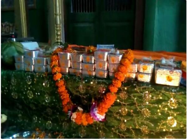 அயோத்தி ராமர் கோவில்  : இந்திய தங்க சங்கம் சார்பில் 34 கிலோ வெள்ளி செங்கல் நன்கொடை