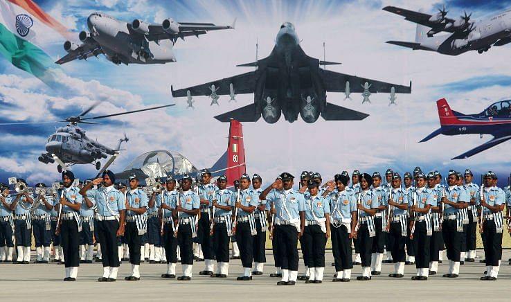 இந்திய விமானப்படையில் சேர விரும்புவோருக்கு தொழில் தொடர்பான தகவல்களை பெற 'MY IAF' IAF கைபேசிச் செயலி வெளியீடு.!