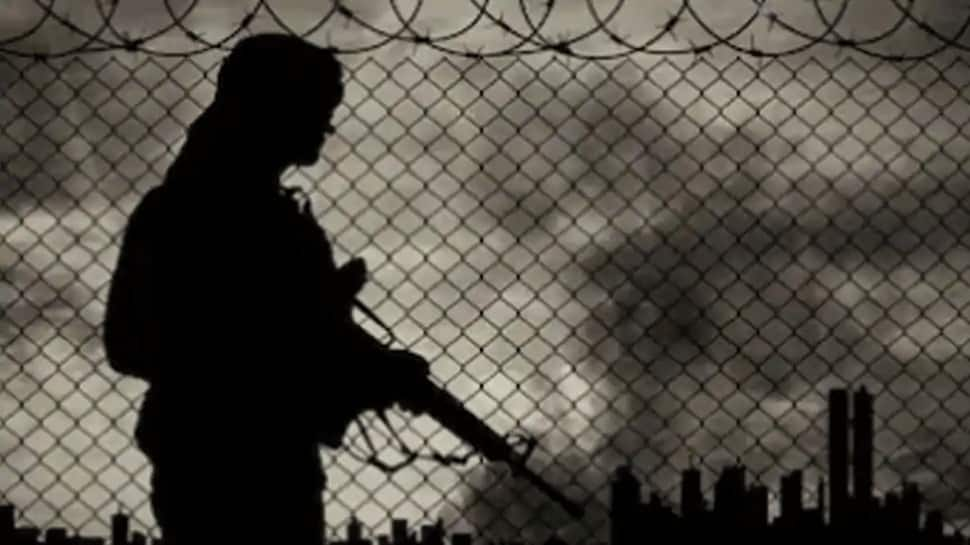 ஜம்மு – காஷ்மீர் எல்லைக் கட்டுப்பாட்டு பகுதியில் ஊடுருவ காத்திருக்கும் 300 பயங்கரவாதிகள்!