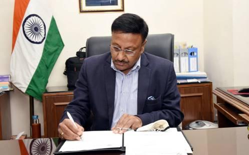 புதிய தேர்தல் ஆணையராக ராஜிவ் குமார் பொறுப்பேற்றார்..!