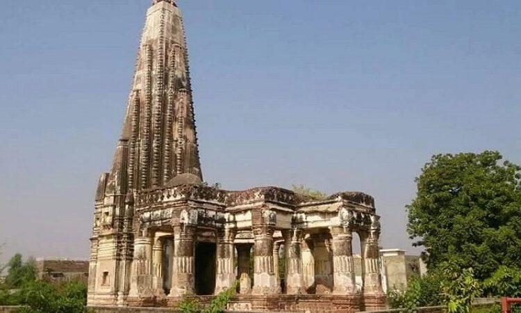 பாகிஸ்தானில், 126 ஆண்டு கால பழமையான சிவன் கோவில் மீண்டும் திறப்பு.!