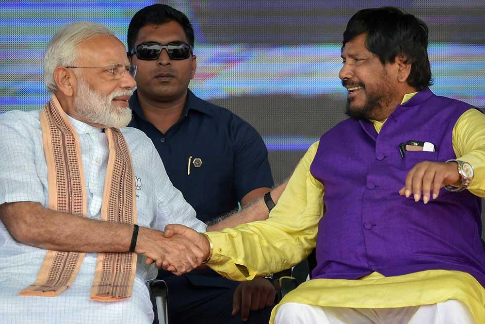 மோடி தான் 'நம்பர் ஒன்….! 2024ல் நாங்கள் 350 இடங்களில் வெற்றி பெறுவோம் – மத்திய அமைச்சர் ராம்தாஸ் அத்வாலே